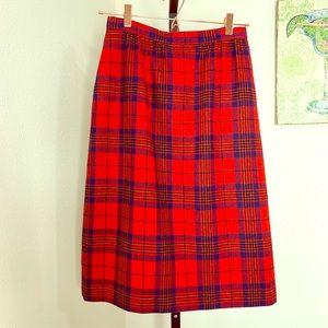 Pendleton red Leslie plaid wool pencil skirt sz 8